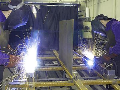 Dịch vụ hàn sắt, sửa cửa sắt tận nhà khu vực Tphcm