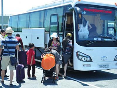 Thuê xe dịch vụ giá rẽ tại sân bay Chu Lai